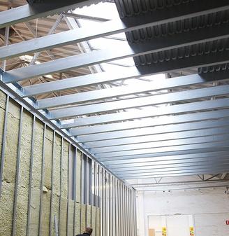 Etagedæk stål – Rengøring værelser