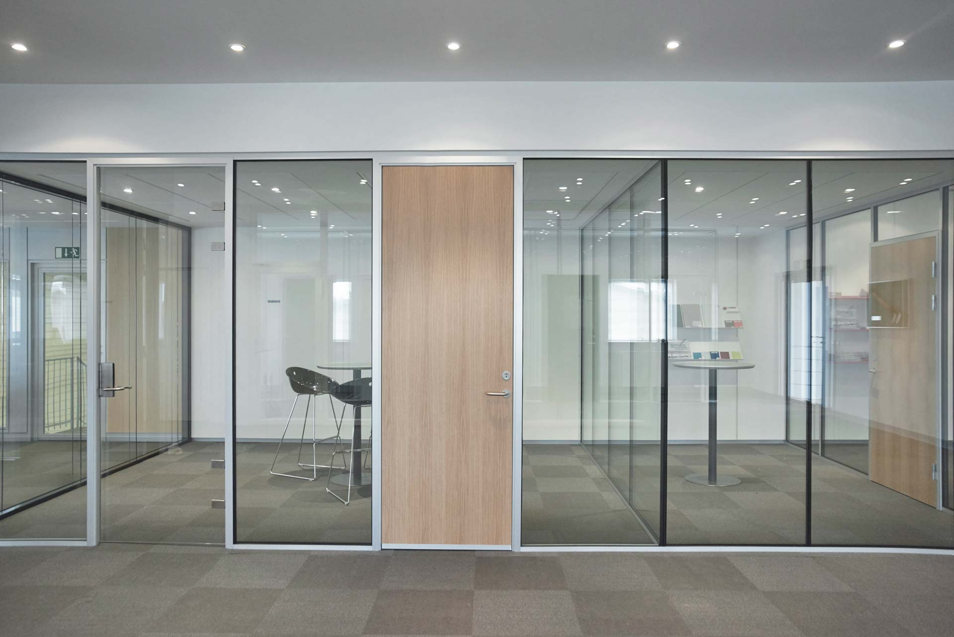 how to build a partition wall in commercial places