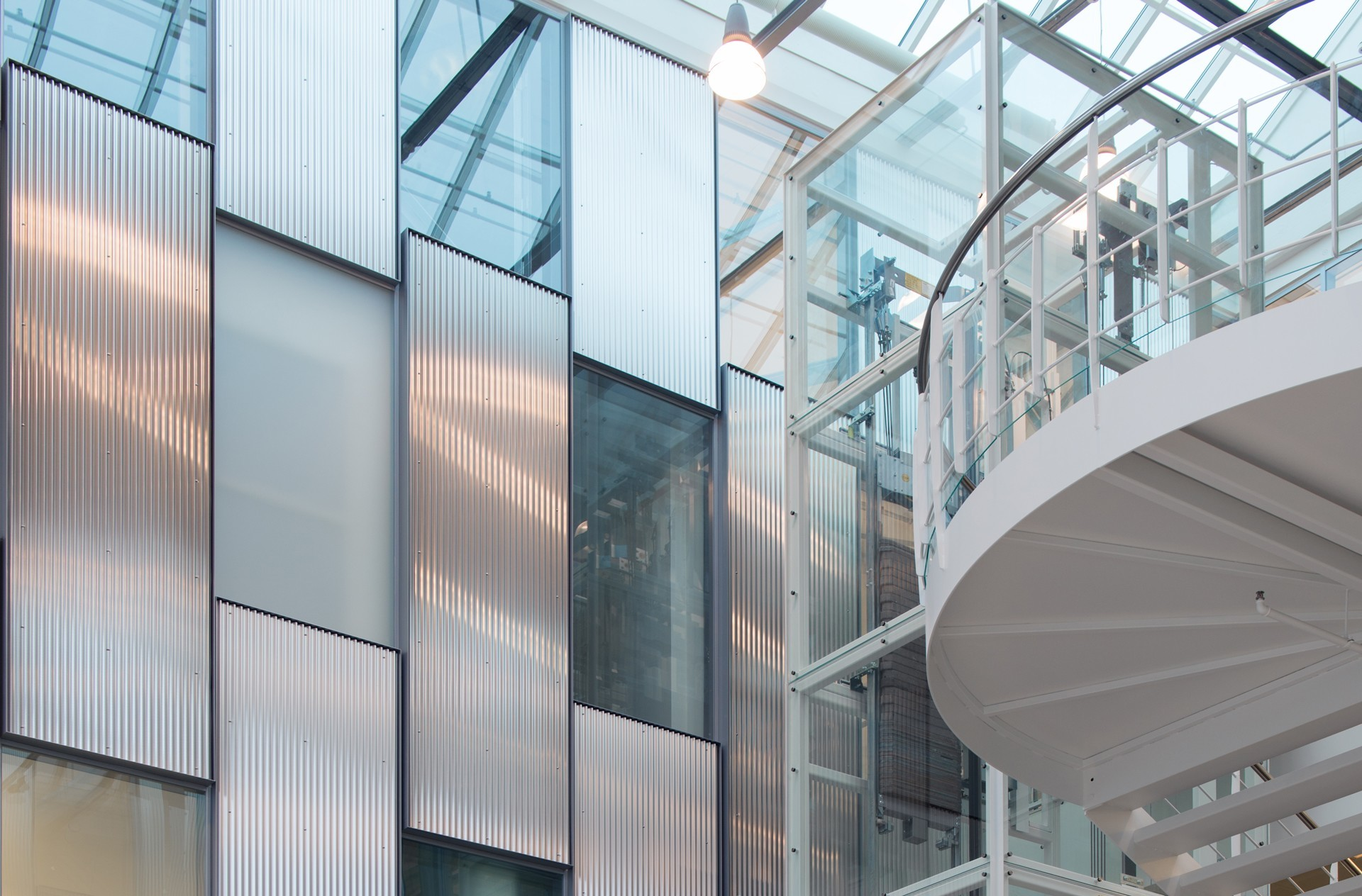 Flexica Line system glass wall